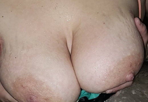 Hotwife and wife sharing!
