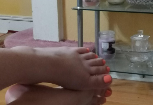 Foot porn In my phone as a joke  might be enjoyable for somebody. So enjoy -a4uhaqbwhl431